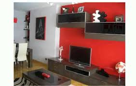 Salon modular color rojo.